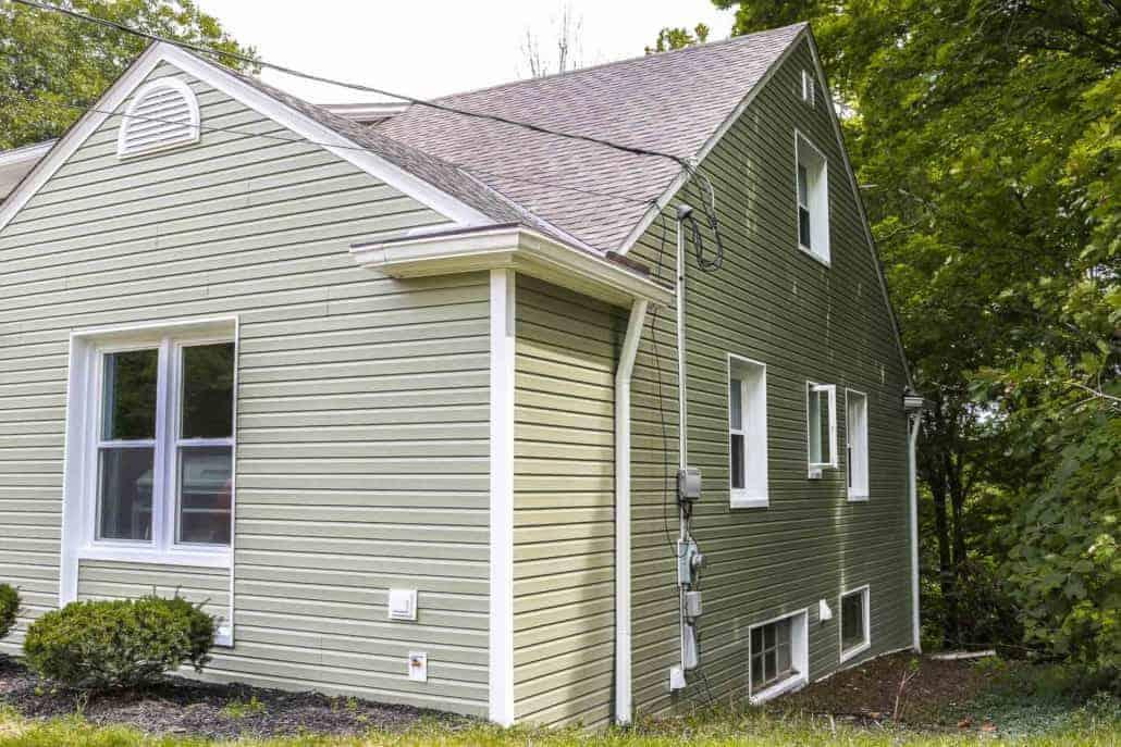 Painting Contractors - Lo's Contracting Inc  Interior